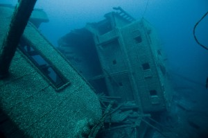 Glass bottomed boat tours shipwrecks
