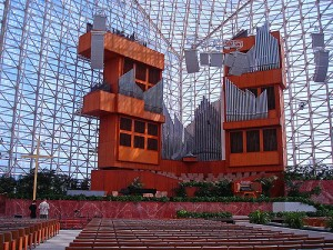 Iconic Glass Structures – Crystal Cathedral
