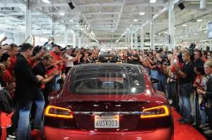 Tesla S Gets A Glass Roof