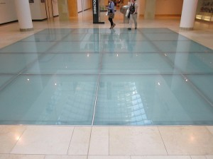 What's behind the glass flooring trend