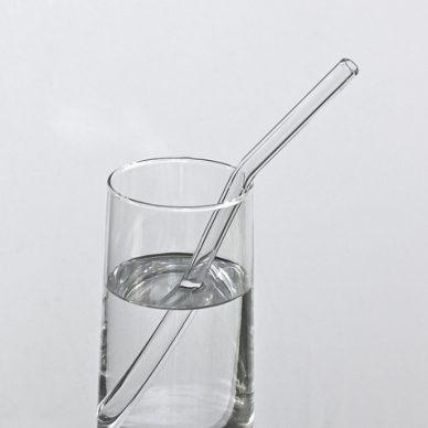 Woman hopes glass straws will eliminate plastic