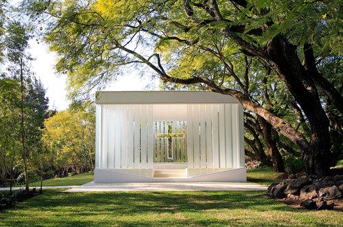Iconic glass structures - La Estancia Chapel